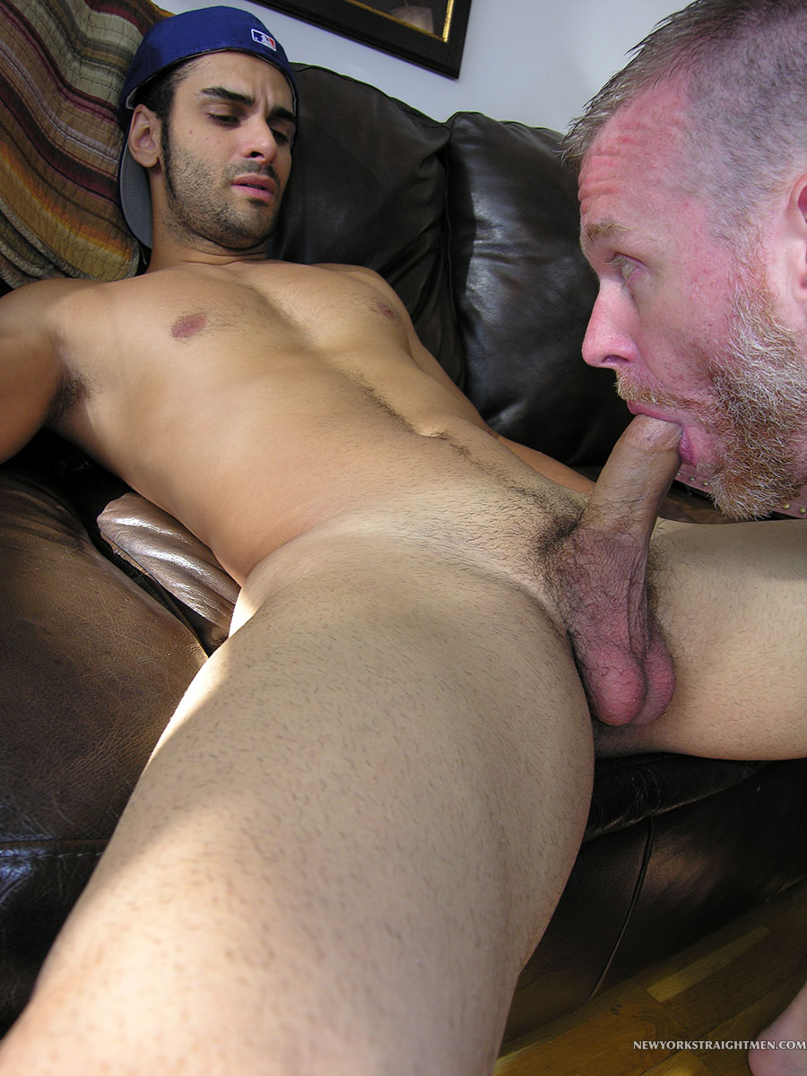 Amateur gays cock sucking