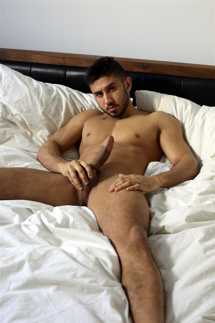 Amateur gay man naked